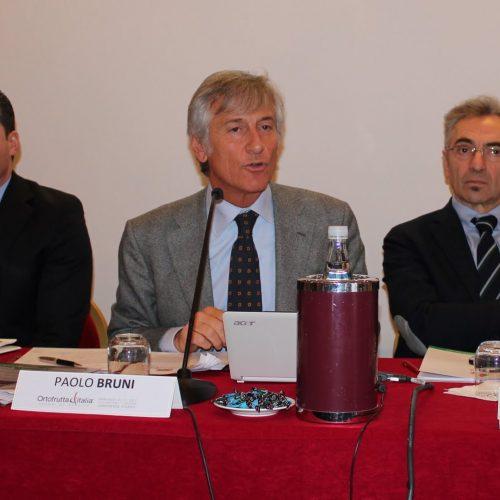 Tamanti_Bruni_Rabboni-Conferenza-Ortofrutta-Italia-2012-cso-italy